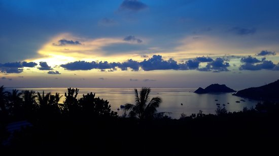 Koh Tao Heights Pool Villas: sunset