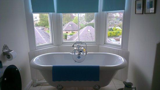 Glendevon Bed & Breakfast: bathroom