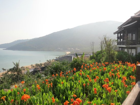 InterContinental Danang Sun Peninsula Resort : View from Nam Tram
