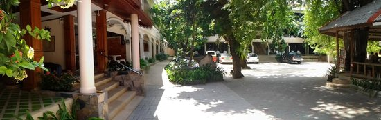 Baan Pron Phateep: garden view