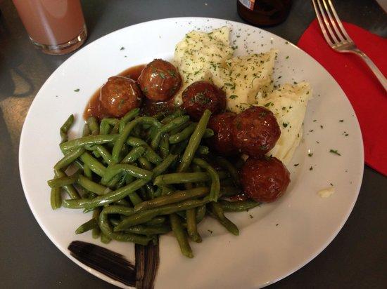 C'Est Bon C'Est Belge Le Cellier : Boulettes de viande!