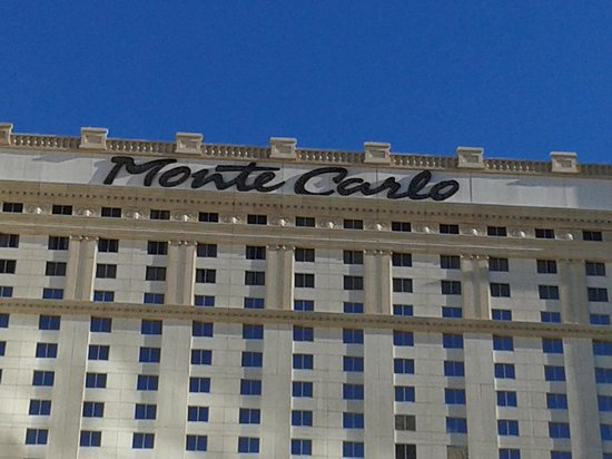 Monte Carlo Resort & Casino : vu de la piscine