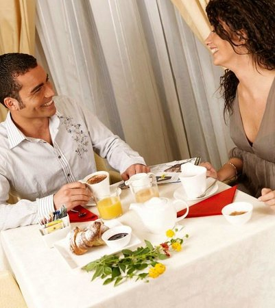 Hotel & Residence Exclusive: Sala colazioni