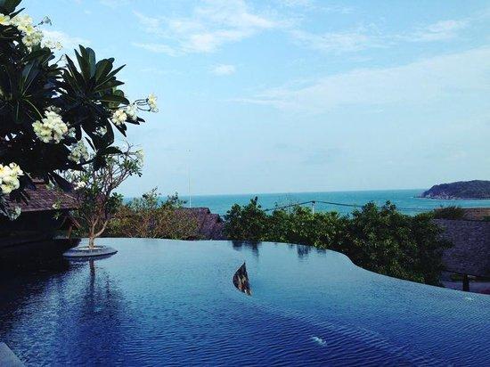 Nora Buri Resort & Spa : Infinitypool