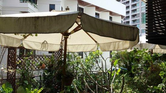Baboona BeachFront Living, Pattaya.