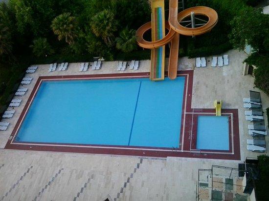 Nazar Beach Hotel : Lekker groot zwembad
