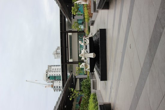 Ayala Center Cebu: Roof Garden