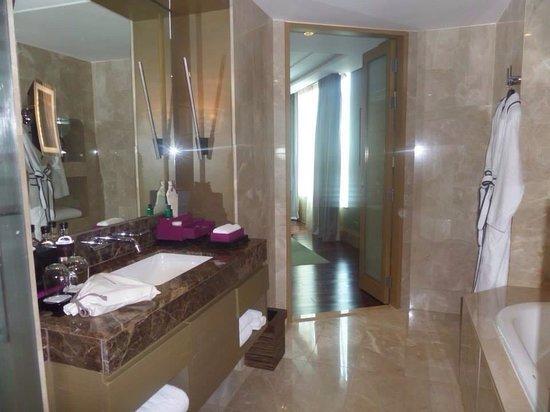 Sofitel Bangkok Sukhumvit : Club Millesime Room 2610