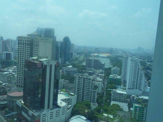 Sofitel Bangkok Sukhumvit : View from Club Millesime Room 2610