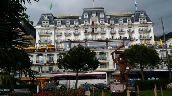 Grand Hotel Suisse Majestic : Hotel from the outside