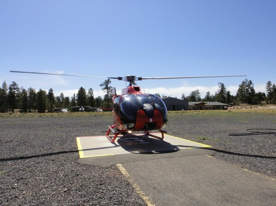 Grand Canyon Helicopters - Grand Canyon National Park: The EC helo