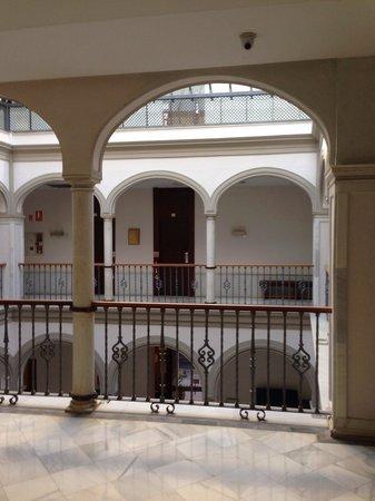 Petit Palace Marques Santa Ana : Arrivée au 1er étage