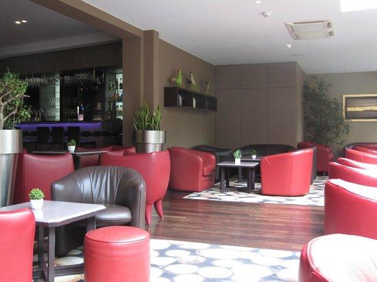 Hotel Restaurant Spa Verte Vallee : Espace bar