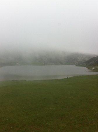 Lagos de Covadonga: Lo que conseguimos ver. Aseguraros  que no hay niebla