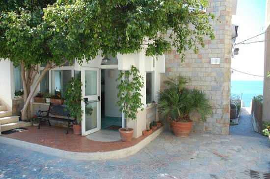Residence B&B Eco del Mare : Ingresso Reception