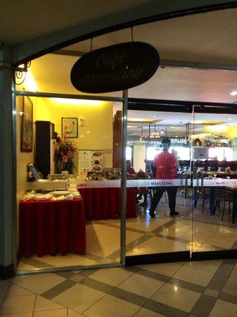 Cebu Business Hotel: Restaurant at the third floor