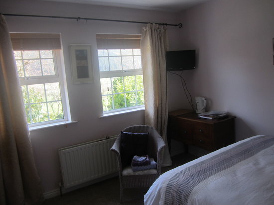 Mourne Wood B & B: Clogh Mor Bedroom with view of Trails and Clogh mor