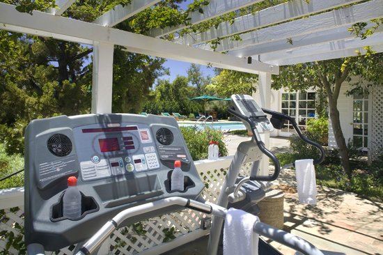 San Ysidro Ranch, a Ty Warner Property: Outdoor Fitness Center