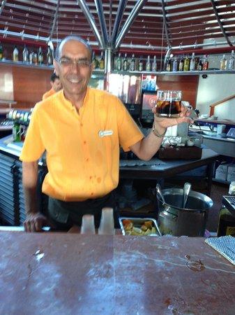 Be Live Experience Playa La Arena: Martini bien servi !