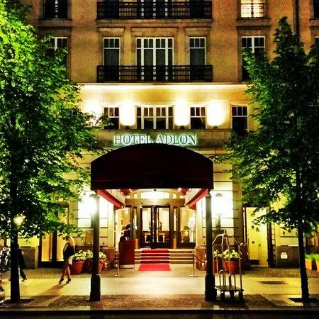Hotel Adlon Kempinski: Eingansbereich