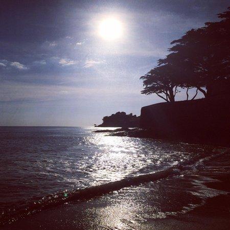 Le Zagaya: Couché de soleil de la plage !