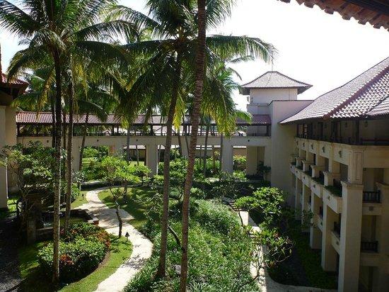 Pan Pacific Nirwana Bali Resort: Innen-Park
