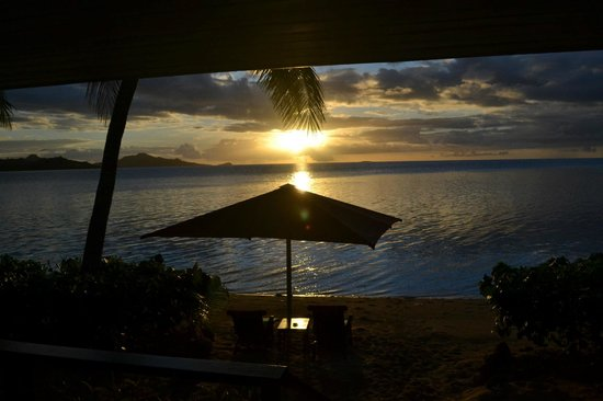 Nukubati Private Island: Honeymoon bure