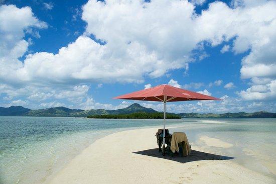 Nukubati Private Island: Sandbank picnic