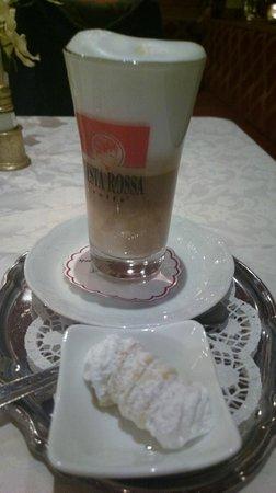 Dorfkrug: Latte