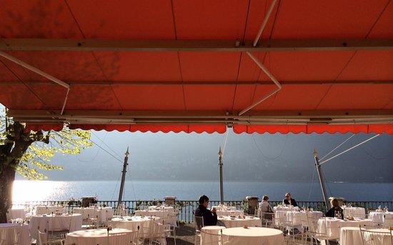 Villa d'Este: Lake side breakfast
