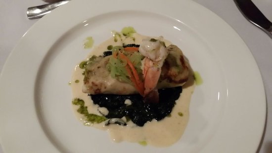 The Cave House at Mount Hartman Bay Estate: Great Organic Food