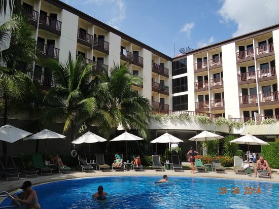 ibis Phuket Patong: В нутренний двор отеля