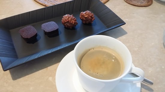 The Restaurant at The Chedi Muscat: Coffee & Truffles!