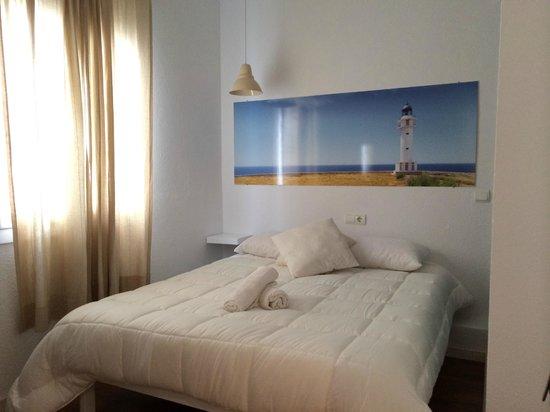 Hostal Ibiza: Habitacion