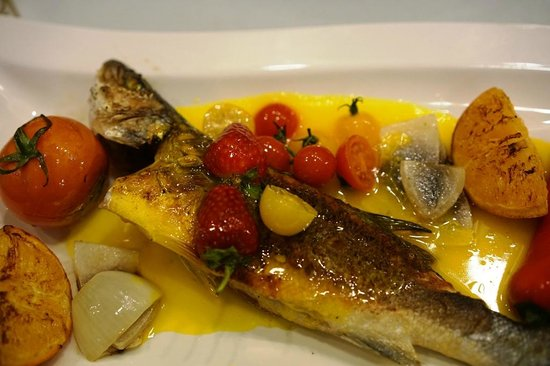 Can Oba Restaurant : sea bass with orange sauce - a must try 2