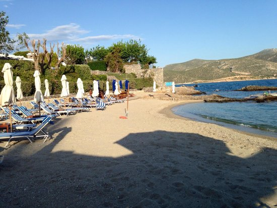 Grand Resort Lagonissi Beach Side