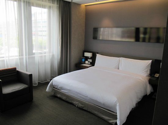Parkyard Hotel Shanghai : comfortable beds
