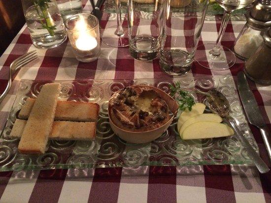 Chez Vincent et Nicolas: Le camembert rôti