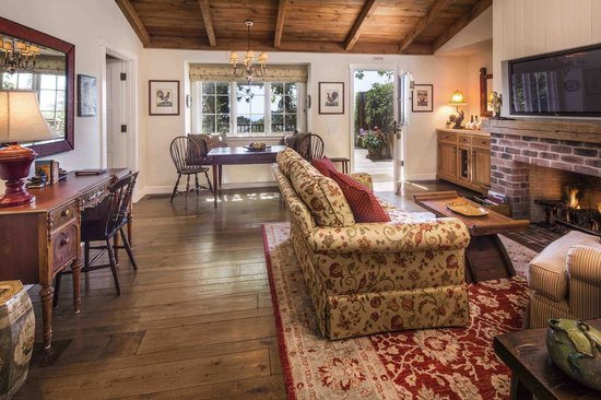 San Ysidro Ranch, a Ty Warner Property : Guest Cottage Living Room