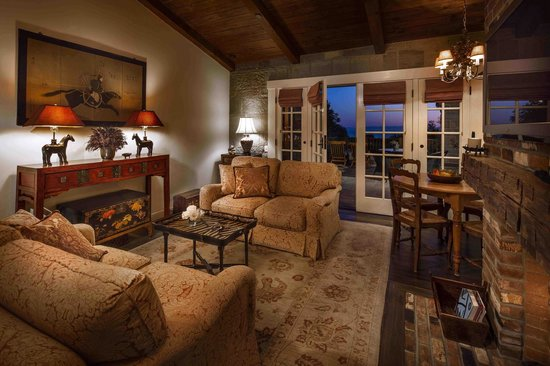 San Ysidro Ranch, a Ty Warner Property: Kennedy Cottage Living Room