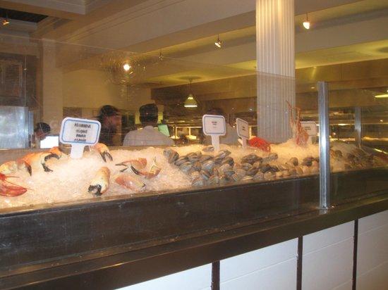 City Fish Market: Vitrine met verse vis