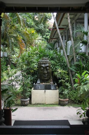 Puri Saron Seminyak: Fountain