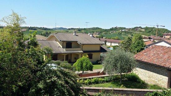 Terruggia Italy  City pictures : sandrone Picture of Osteria il melograno, Terruggia TripAdvisor