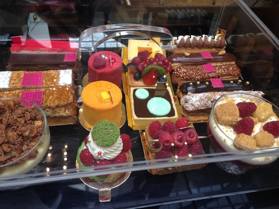 Fauchon: Pastries to choose from
