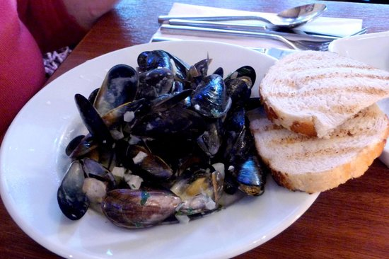 Bistro Forty Six: Mussels starter