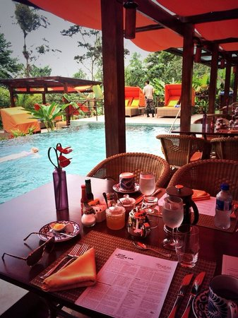 Nayara Resort Spa & Gardens: Breakfast