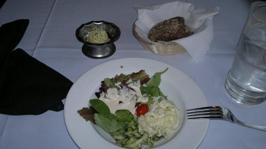 Cafe Coconut Cove: salad