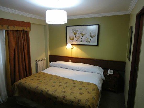 Hotel Cap Polonio: Habitación.