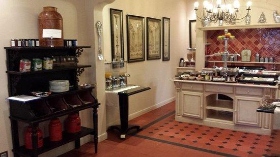 Villa Lara Hotel: Breaskfast Area