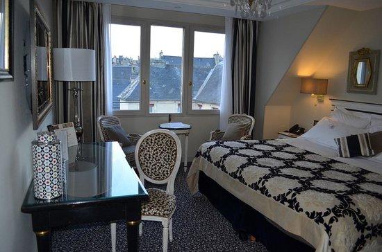 Villa Lara : Room